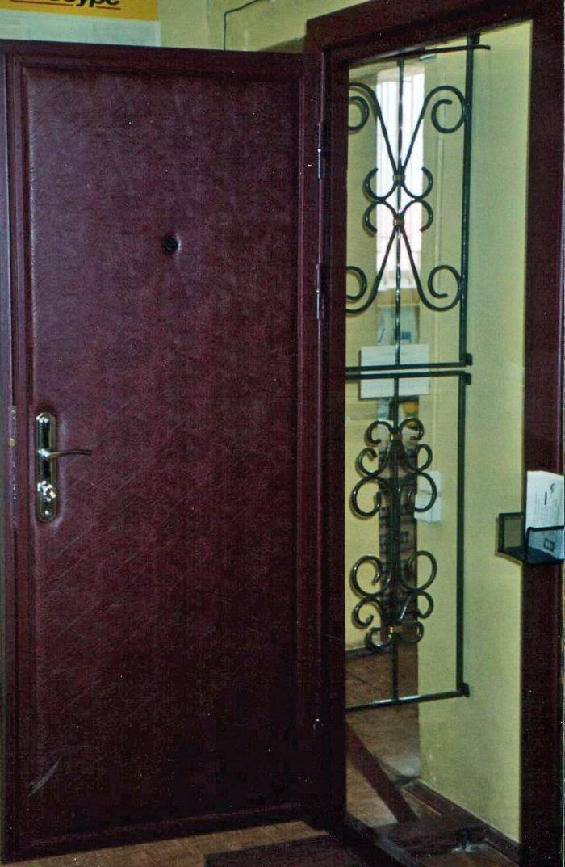 двери входные квартирные отделка винилискожей
