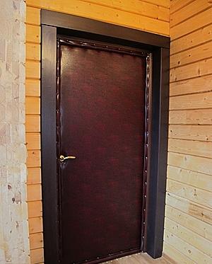 стальные двери обшитые кожей